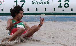 Mexicano avanza a la final de salto triple