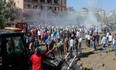 Coches bomba en Turquía matan a 11
