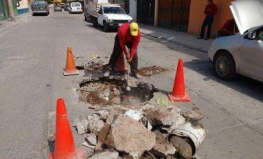 INTERAPAS concluye drenaje sanitario en la calle Paseo de los fresnos en SGS