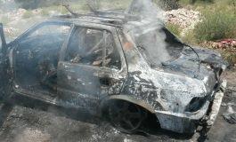 Se incendia vehículo en Los Vergeles