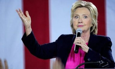 Tras neumonía, Clinton regresa a campaña