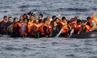 Barco con inmigrantes naufraga frente a Egipto; habría 29 muertos