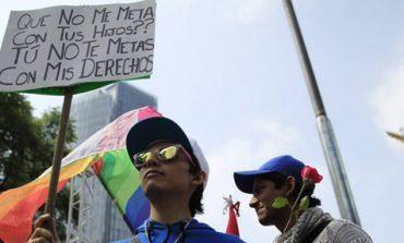 Marchas a favor y en contra del matrimonio igualitario