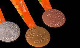 Griego impone récord mundial en Paralímpicos