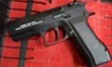 Investigan Caso de Adolescente que Llevó Pistola a Telesecundaria en Celaya