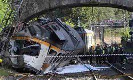Descarrila tren en España; al menos cuatro muertos
