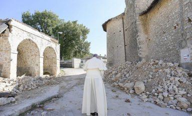 """""""¡Los llevo en el corazón!"""": Papa a víctimas del terremoto"""
