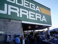 Comando armado asalta Bodega Aurrerá en Constitución