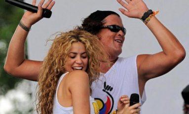 Shakira y Carlos Vives actuarán en la gala de los AMA