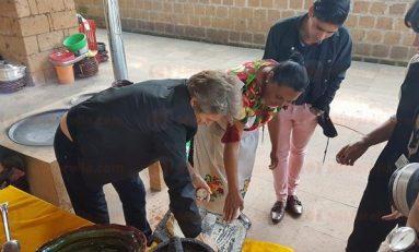 Willem Dafoe aprende a hacer tortillas