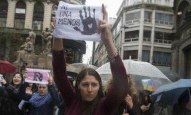 Mujeres en Argentina realizan paro en contra de la violencia de género