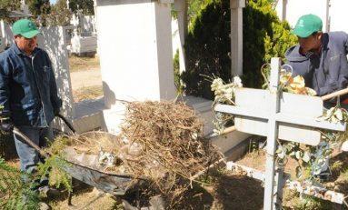 Intensifican limpieza en Panteones Municipales