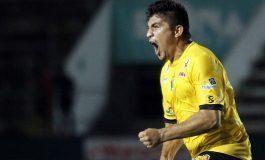 """Futbolista mexicano pone freno al grito de """"puto"""""""