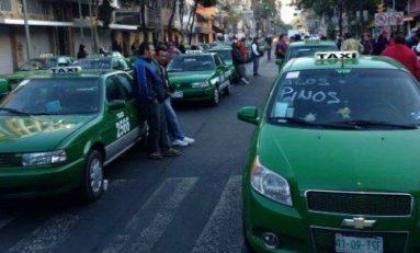 Taxistas de todo México protestan en Gobernación