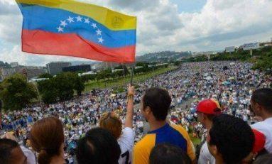 Opositores toman las calles de Venezuela