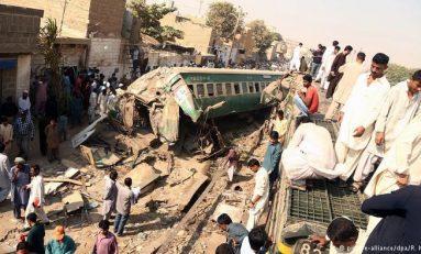 Trenazo en Pakistán deja al menos 20 muertos
