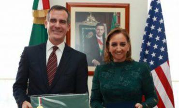 Los Ángeles siempre dará la bienvenida a mexicanos: alcalde