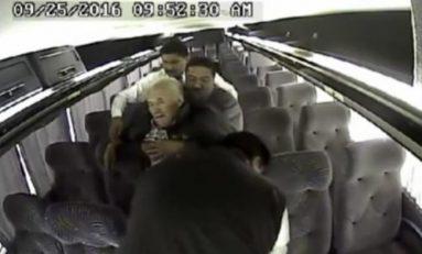 Sedar a los pasajero de autobuses es otra modalidad para el robo de pertenencias