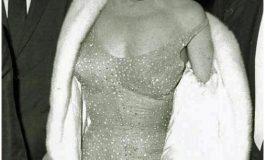 Subastan vestido de Marilyn Monroe en 5 mdd