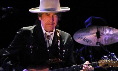 Leen discurso de Bob Dylan en entrega del Nobel