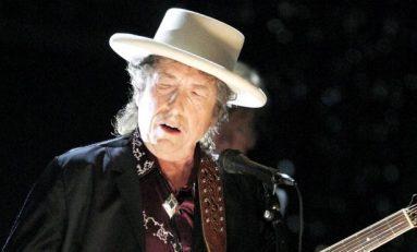 Bob Dylan no recogerá su Nobel; envía discurso