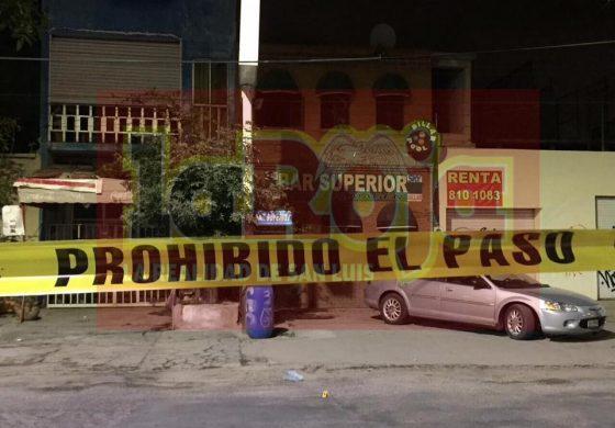 Rafaguean Fachada de Bar en Barrio de Tlaxcala
