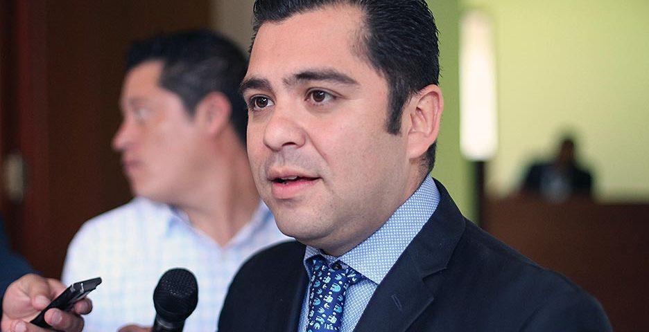 Adquisición de Flotilla Vehicular de Congreso Será Para Tareas Legislativas: Diputado Flores