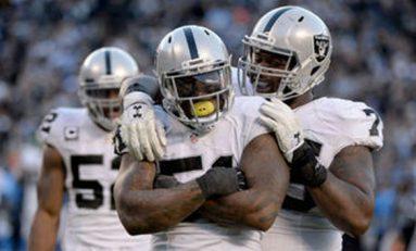 Raiders superan a Cargadores y van a la postemporada