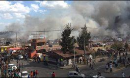 Gran explosión en tianguis cohetero de Tultepec