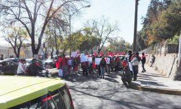 Manifestaciones desquician trafico en la capital