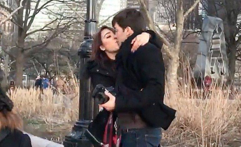 Danna Paola y Roger González se besan en Nueva York, él niega romance