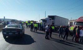 Bloquean carretera San Luis Potosí – Querétaro