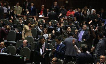 Legisladores, 'blindados' ante crisis del gasolinazo