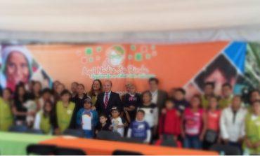 Felipe Calderón dona su pensión a niños con cáncer