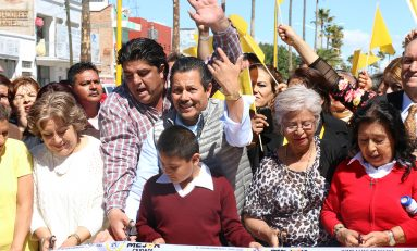 Inaugura alcalde Ricardo Gallardo  la avenida 20 de Noviembre