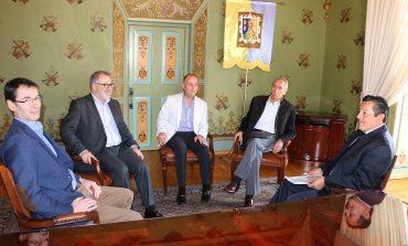 Alcalde RGJ recibe a directivos de la empresa francesa Suez Environnement