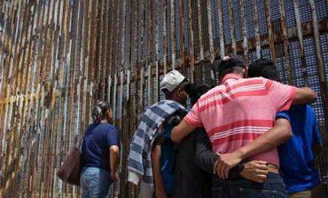 Mexicanos, contra las deportaciones; 90% aprueba defensa de libertades de migrantes