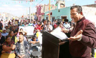 Ricardo Gallardo entrega pavimentaciones en la colonia Gral. I. Martínez