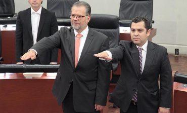 Toma Protesta el Diputado Enrique Alejandro Flores como Presidente de la JUCOPO