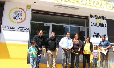 Inaugura Ricardo Gallardo purificadora en Villa de Pozos
