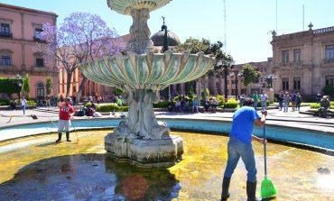 Ayuntamiento da mantenimiento constante a las fuentes  de la ciudad