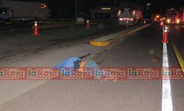 Muere trailero embestido por camión en carretera Valles- Rayón