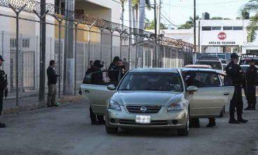 Tras fuga de reos, desaparece el jefe de seguridad del penal de Culiacán