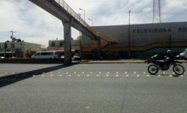 Hombre Intentó Arrojarse de Puente Peatonal en Carretera a Rioverde