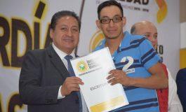 Alcalde Hernández Villafuerte entrega escrituras a 100 familias soledenses