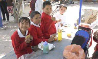 Ofrecen orientación nutricional a responsables de cooperativas escolares