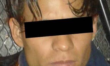 Detienen a presunto ladrón de auto partes en Los Silos