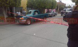 Fallece hombre a bordo de su camioneta