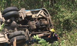 Choca autobús de pasajeros en Carretera 70, 11 heridos