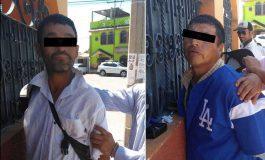 Detenidos dos sujetos por posesión de arma blanca y dosis de droga